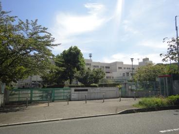 町田市立小山田中学校の画像1