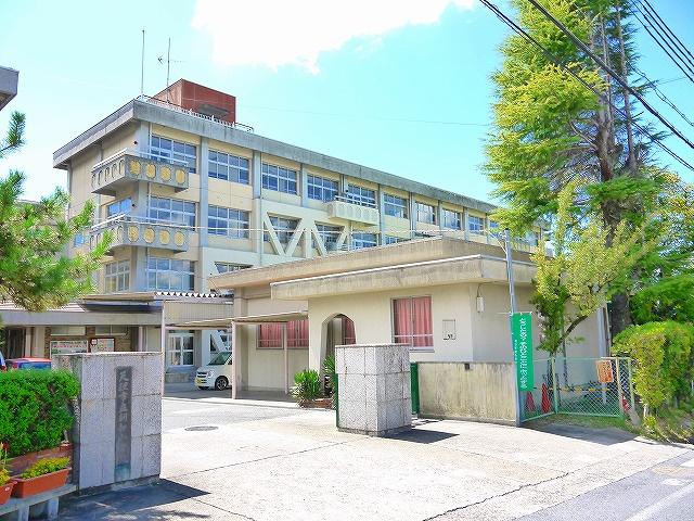 天理市立朝和小学校の画像