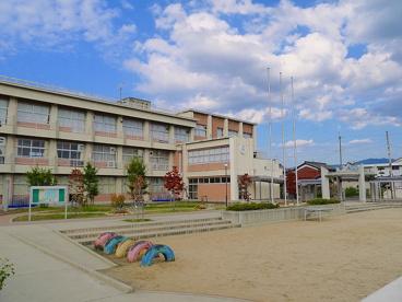 天理市立井戸堂小学校の画像4
