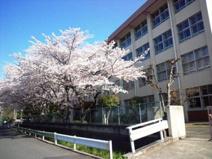 昭島市立多摩辺中学校