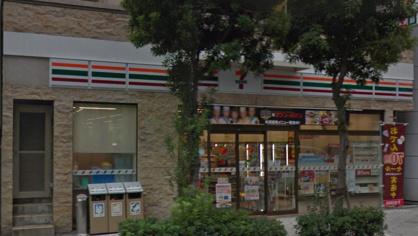 セブンイレブン玉造駅前店の画像1