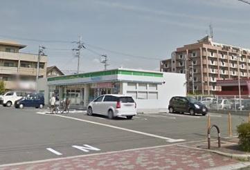 ファミリーマート佐井寺南が丘店の画像1