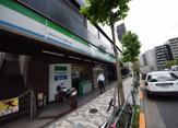 ファミリーマートホテルマイステイズ御茶ノ水店