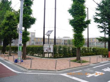 豊島区立 西池袋中学校の画像3
