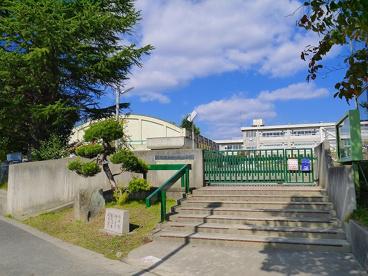天理市立山の辺小学校の画像2