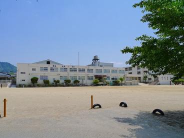 奈良市立飛鳥小学校の画像2