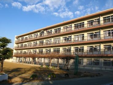 八尾市立 高美小学校の画像3