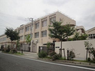 平山小学校の画像1