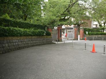 私立 学習院高等科の画像3