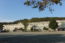 多西小学校