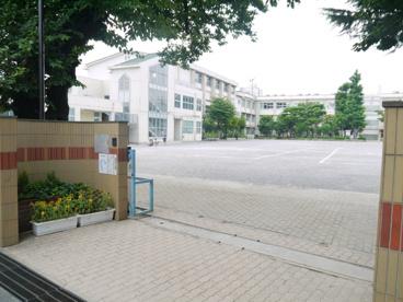 板橋区立 紅梅小学校の画像2