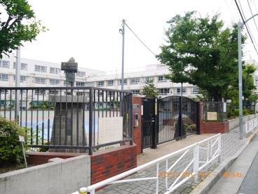 北区立 王子第一小学校の画像2