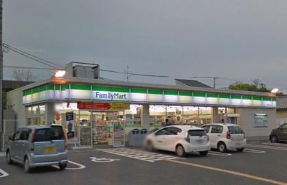 ファミリーマート 豊中旭丘店の画像1