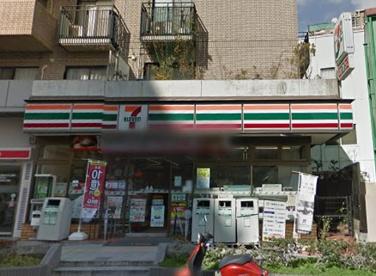 セブンイレブン 豊中曽根東町店の画像1