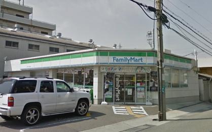 ファミリーマート 豊中上津島店の画像1