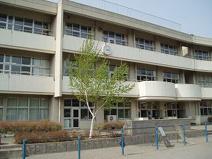 青梅市立吹上小学校