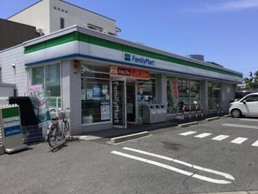 ファミリーマート堺材木町西店の画像1