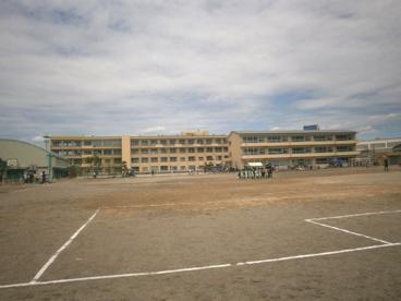 坂戸市立 坂戸小学校の画像2