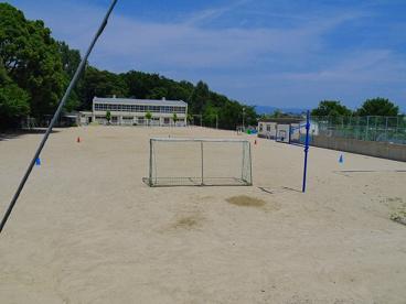 奈良市立あやめ池小学校の画像3