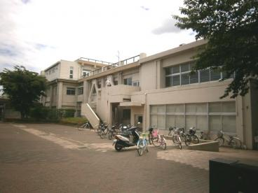 坂戸市立 入西小学校の画像2