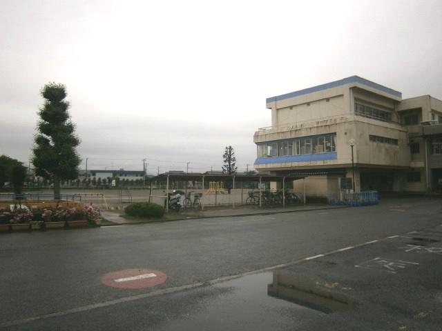 坂戸市立 泉小学校の画像