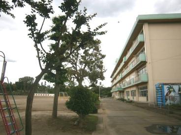 坂戸市立 上谷小学校の画像2