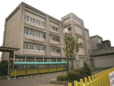 浅羽野中学校の画像1