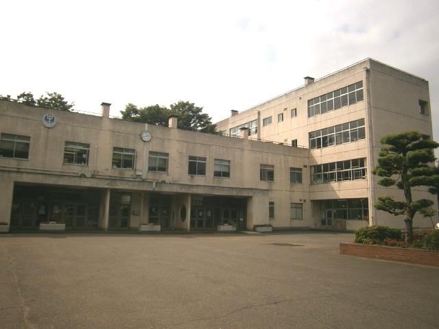 鶴ヶ島中学校の画像