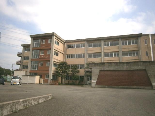 藤中学校の画像