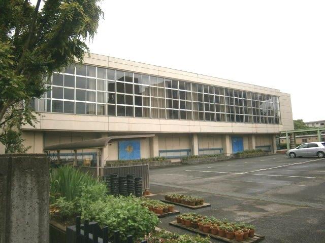 鶴ヶ島市立南中学校の画像