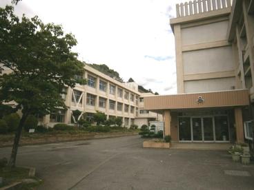 毛呂山町立 毛呂山小学校の画像2