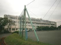 毛呂山中学校