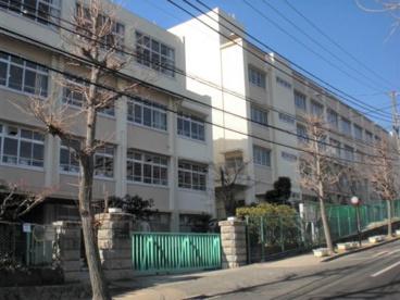 神戸市立白川台中学校の画像1
