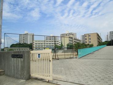 神戸市立竜が台中学校の画像1