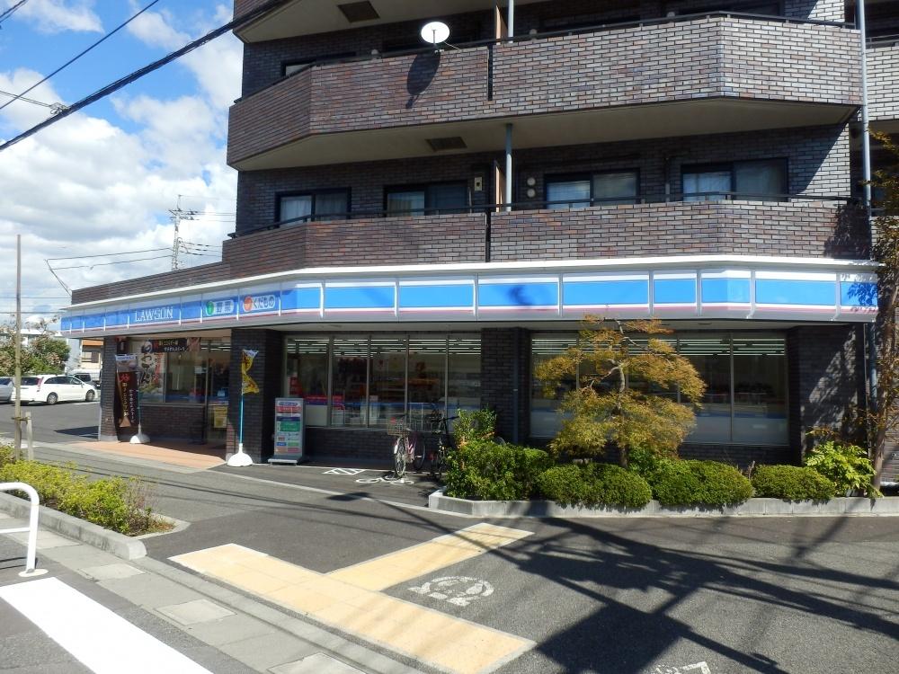 ファミリーマート 町田本町田店の画像