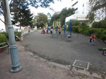 東林間駅前公園