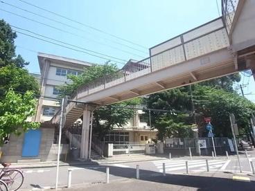 川崎市立玉川小学校の画像3