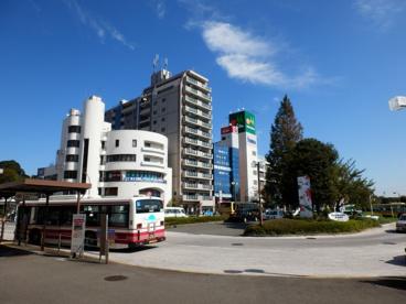 鶴川駅前ロータリーの画像1