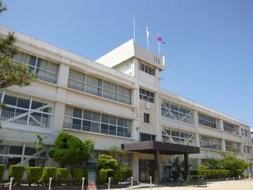 伊丹市立 天神川小学校の画像2
