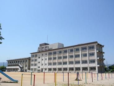 伊丹市立 摂陽小学校の画像2