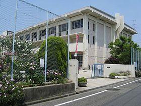 伊丹市立 鈴原小学校の画像1