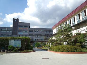 伊丹市立天王寺川中学校の画像1