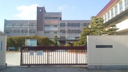 伊丹市立天王寺川中学校の画像2