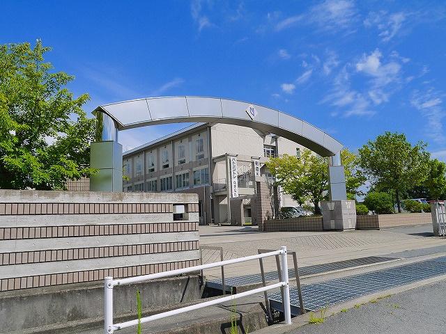 奈良大学附属高等学校の画像