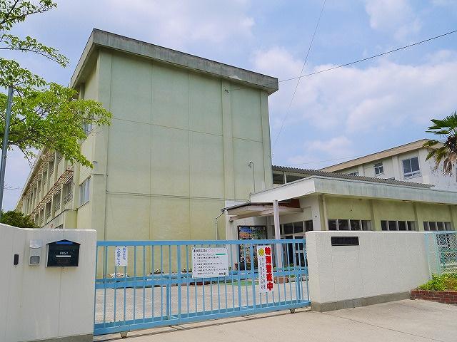 奈良市立伏見小学校の画像