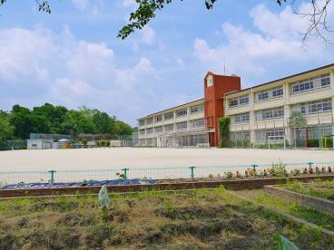 奈良市立伏見南小学校の画像3