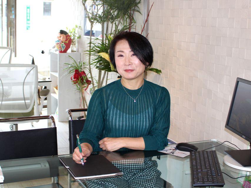 秋本亮子の画像