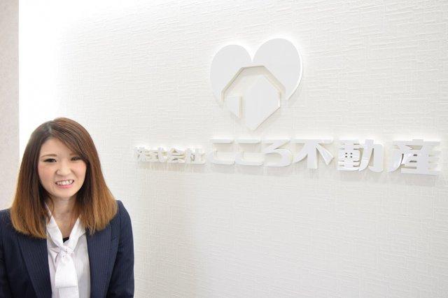 岡崎麻友莉の画像